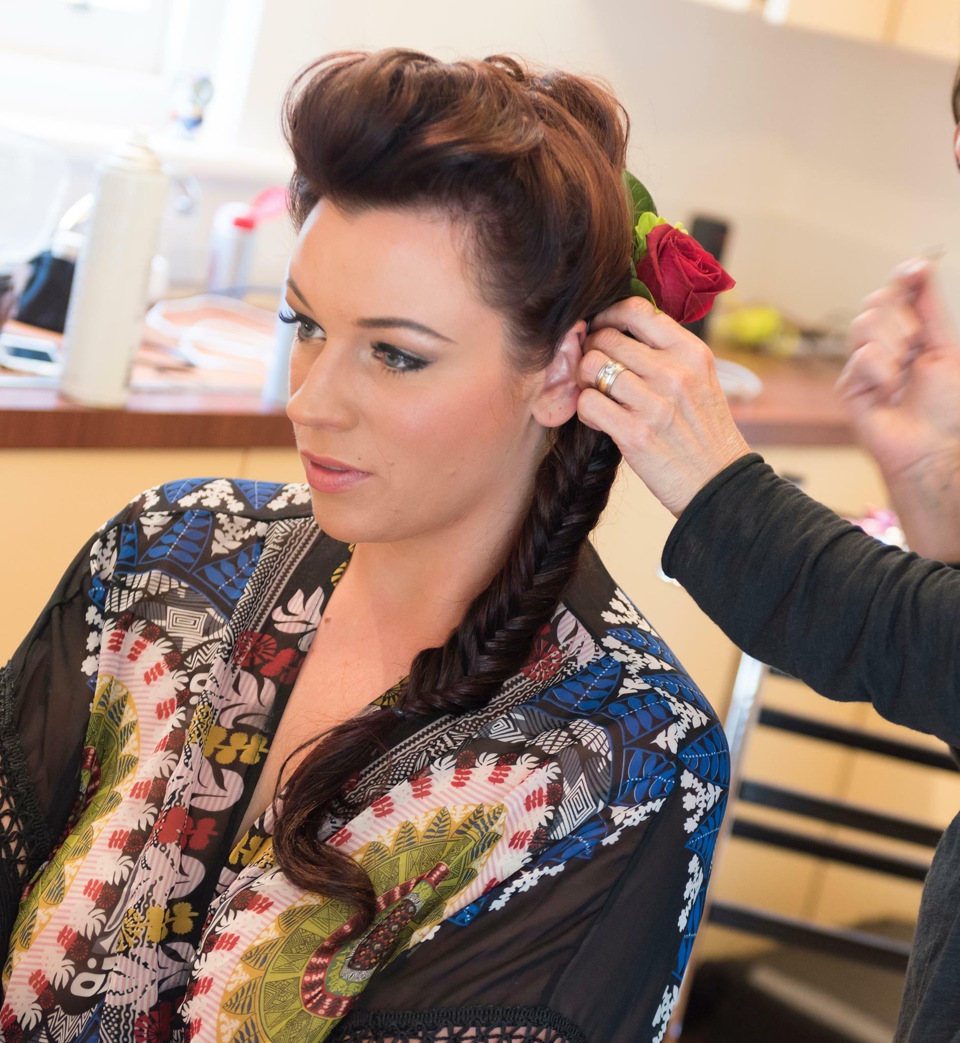 Hobart makeup artist